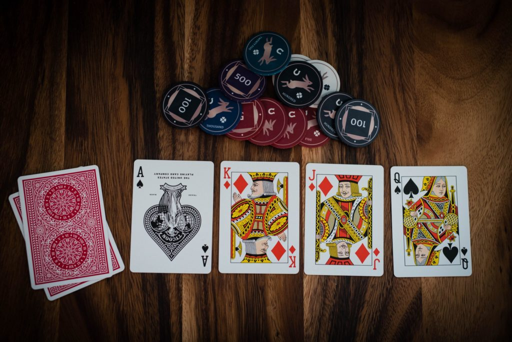 Do you want to work for online casinos?